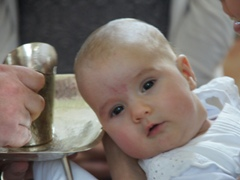 Taufe von Laura in der Pfarre Saalfelden am Steinernen Meer